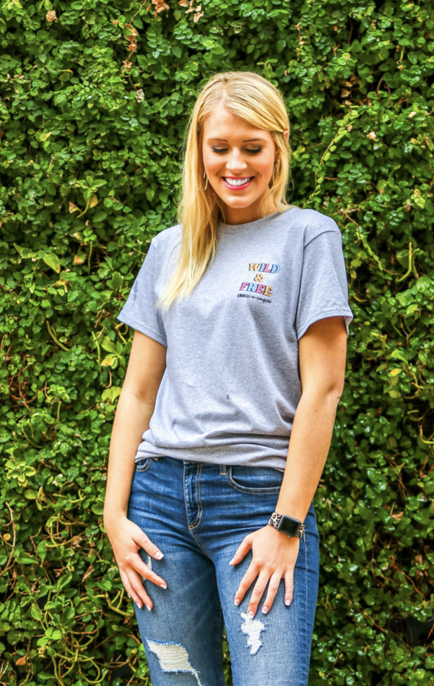 SMALL TOWN GIRL BIG TIME DREAMS TEE