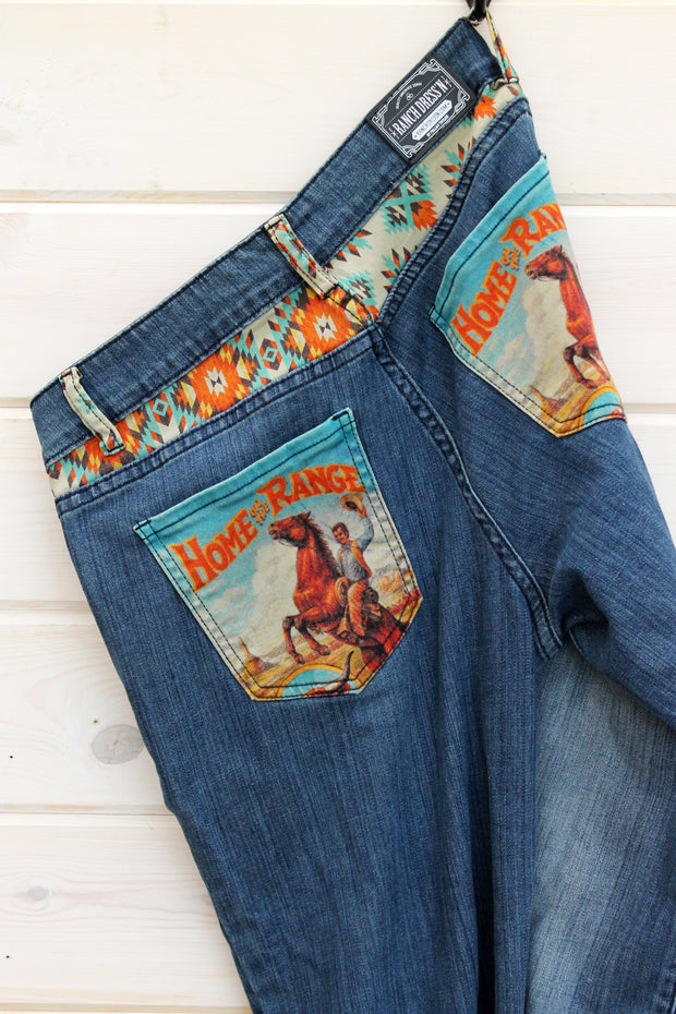 HOME ON THE RANGE - TROUSER FIT DENIM JEANS