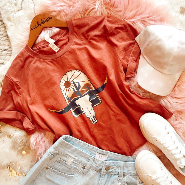 STEER SUNSET - RUST TEE