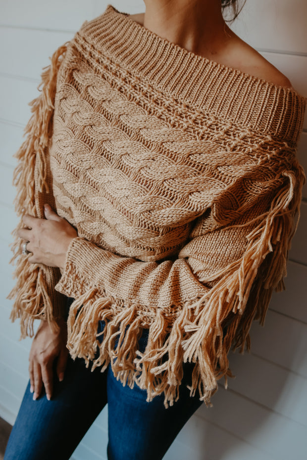 CAMEL TASSEL SWEATER