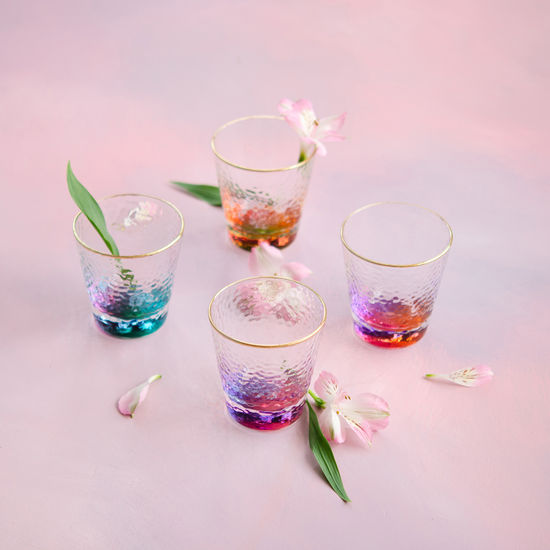 COLORFUL BOTTOM GLASSES (SET OF 4)