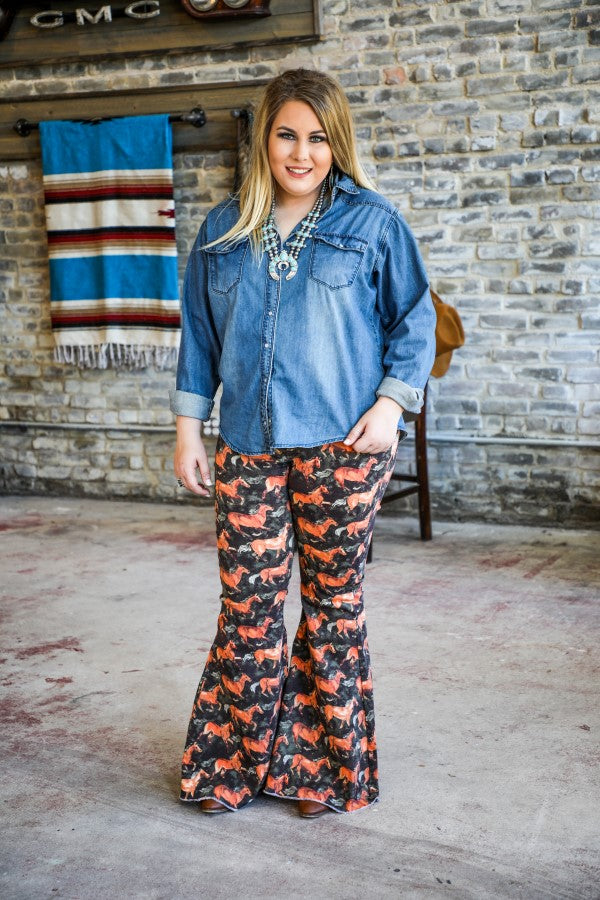 HORSE PRINT DENIM STRETCH FLARES