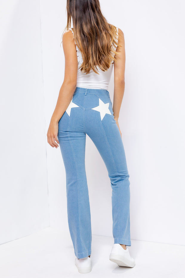 STAR POCKET LIGHT WASH FLARE JEANS