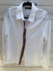 L-2 White with Red and Green Ribbon Button Up Shirt Size XL