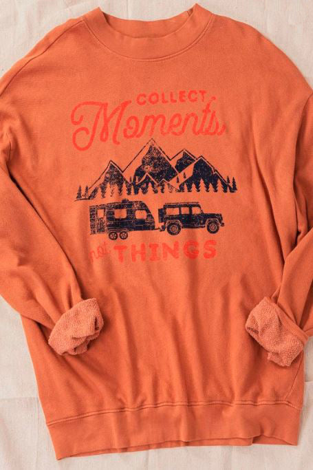 COLLECT MOMENTS RUST VINTAGE OVER-SIZED SWEATSHIRT
