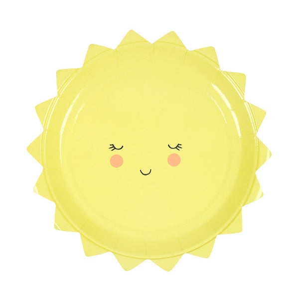 Bright yellow sun shaped plate with a cute smiley face. Perfect for birthday parties, picnics and to serve snacks to your kids.Plate is seven inches in diameter.