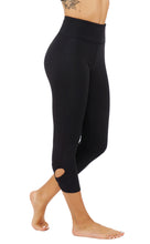 Activewear & Athleisure Capri Leggings with cut out flower shaped detail CF1629