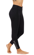 Activewear & Athleisure with Metal Hooks Details Leggings AB1786