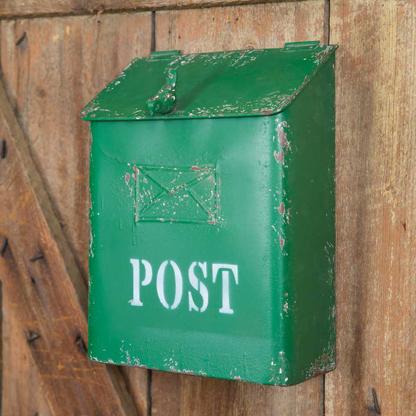 GREEN EMBOSSED METAL POST BOX WITH CAST BIRD KNOB - Avenue of Oaks Decor