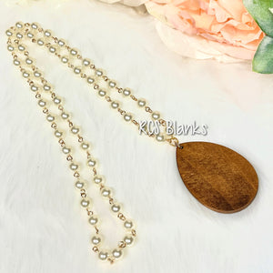 Jasmine Wood Teardrop Pearl Necklace
