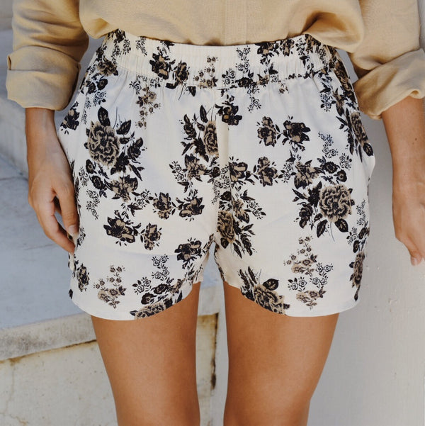 Floral Shorts - Deep Blue & Vanilla Cream 🌳