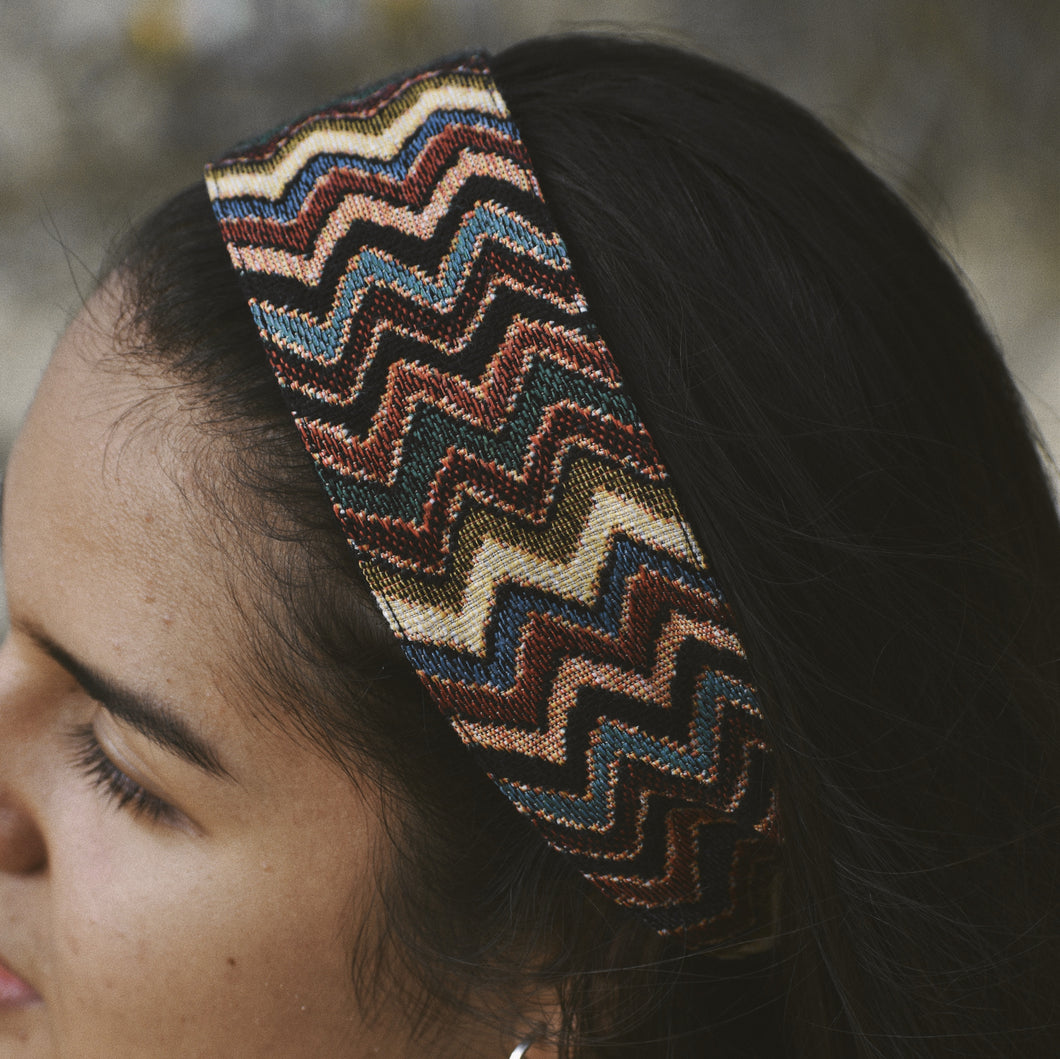 Rosanna Rainbow Zig Zag Headband on brunette girl.