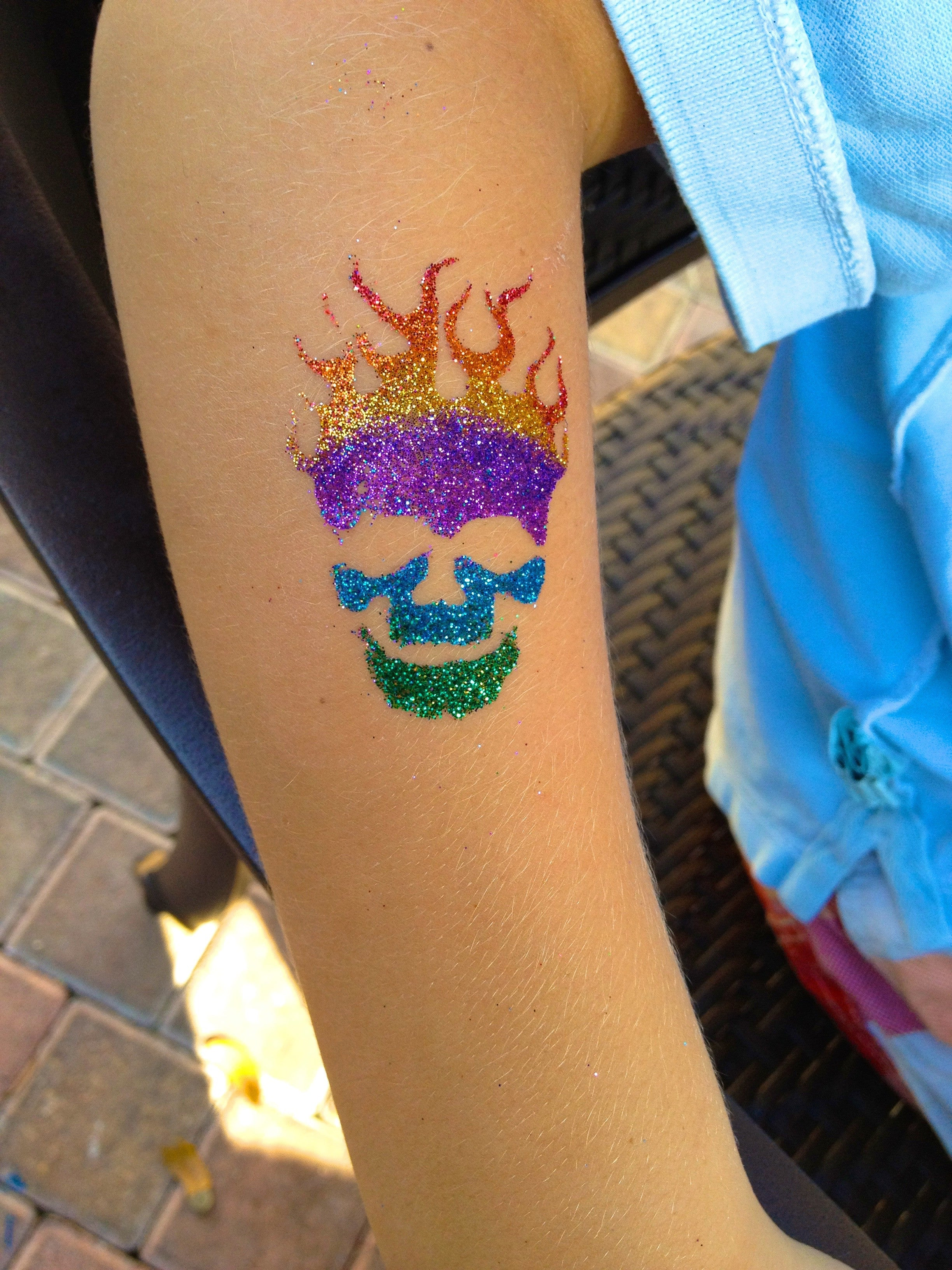 You can learn to make balloon animals for Where to get glitter tattoos