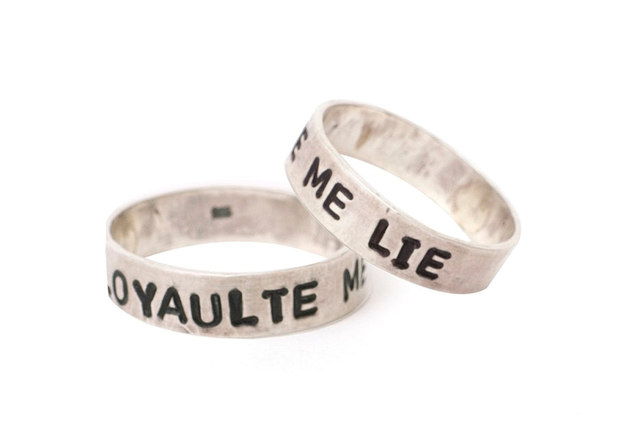 Loyaulte Me Lie Ring