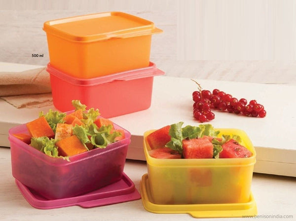 e41b537d560 Tupperware Keep Tab Plastic Container Set