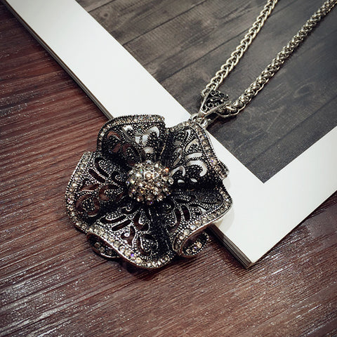 Flower All-match Necklace Female Long Winter Sweater Chain Pendant Accessories