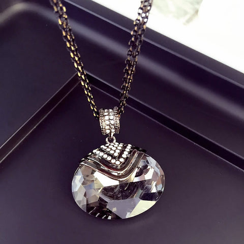 Necklaces Large Elliptical Crystal Fashion All-match Simple Decorative Pendant Long Sweater Chain