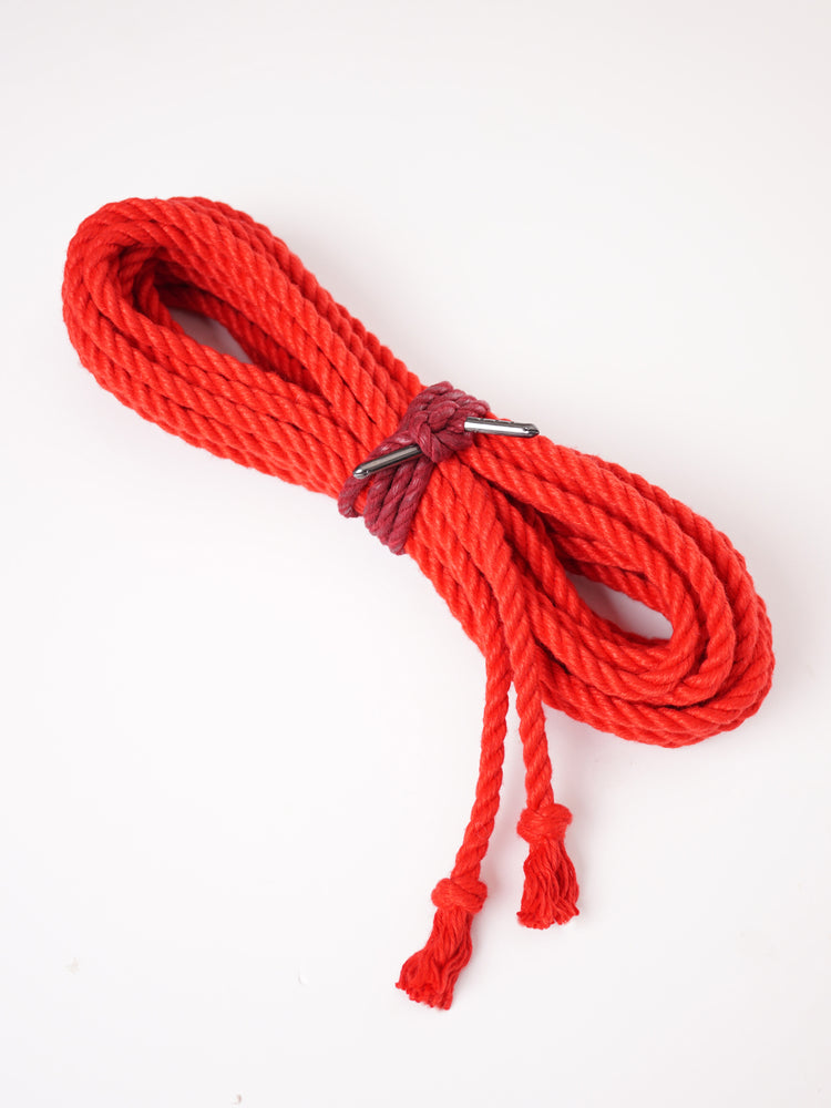 BONDAGE ROPE WITH FINISHED ENDS *RED