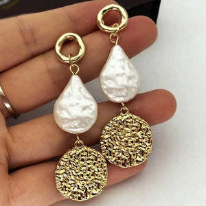 Pearl Dangle Earrings
