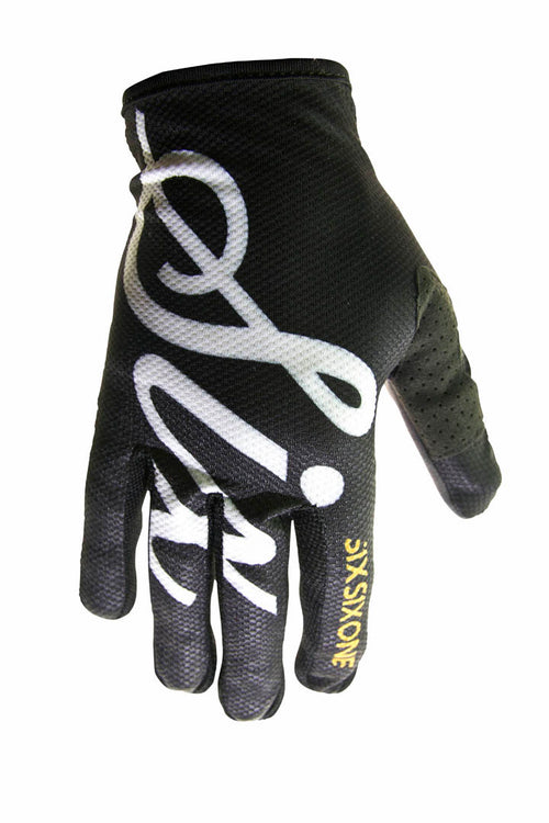YOUTH COMP GLOVE BLACK SCRIPT