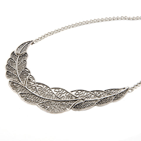 DHALIA Silver Filigree Leaf Necklace