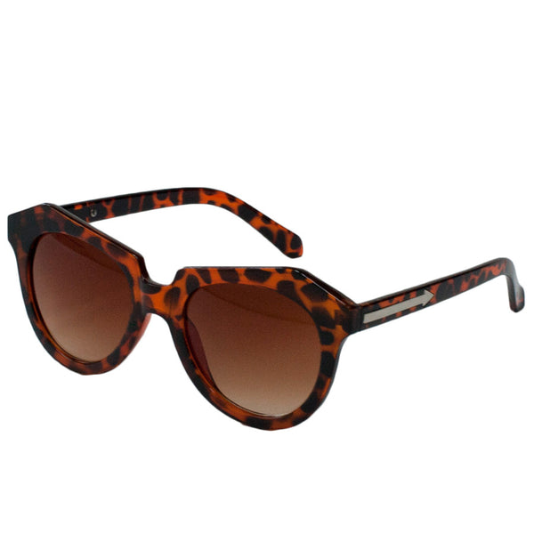 Geometric shaped sunglasses with brown tortoise shell pattern