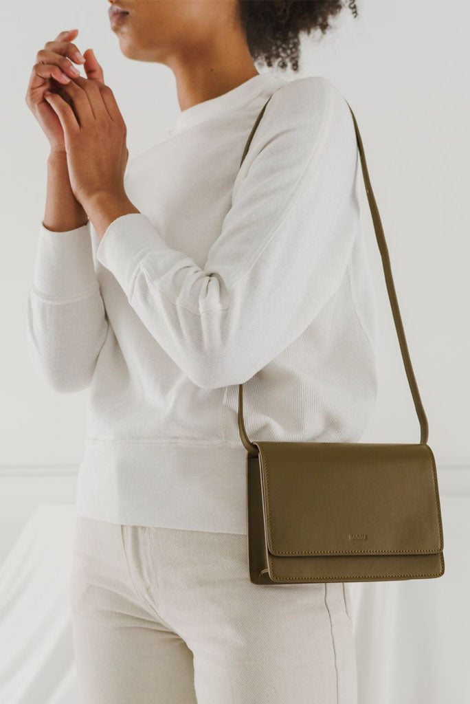 BAGGU STRUCTURED CROSS BODY BAG, 3 COLORS AVAILABLE
