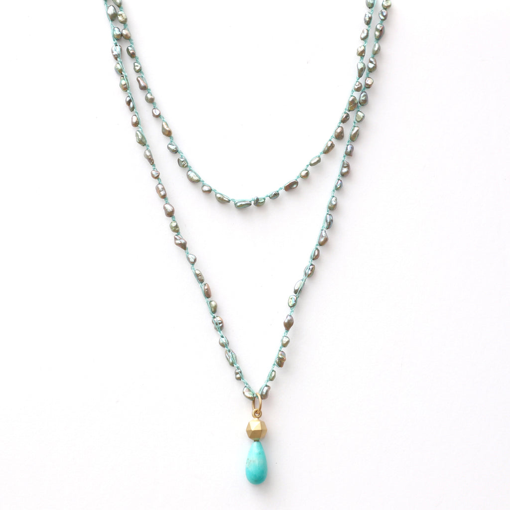 long-grey-pearl-necklace-with-14k-gold-and-amazonite-charm