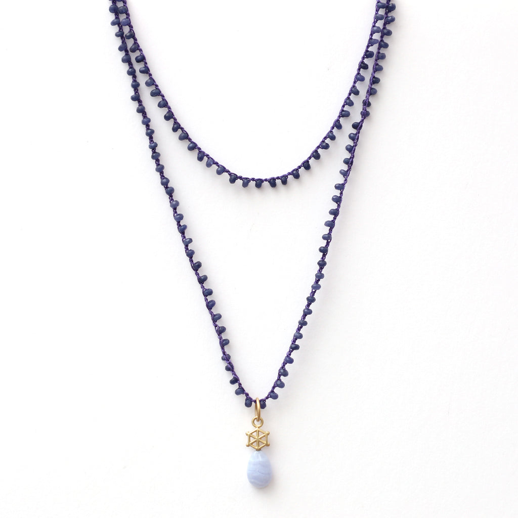 long-sapphire-jade-gemstone-necklace-with-14kgold-and-blue-lace-agate-charm