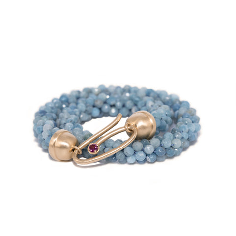 aquamarine-beaded-bracelet-with-14kgold-and-rhodolite-garnet-clasp