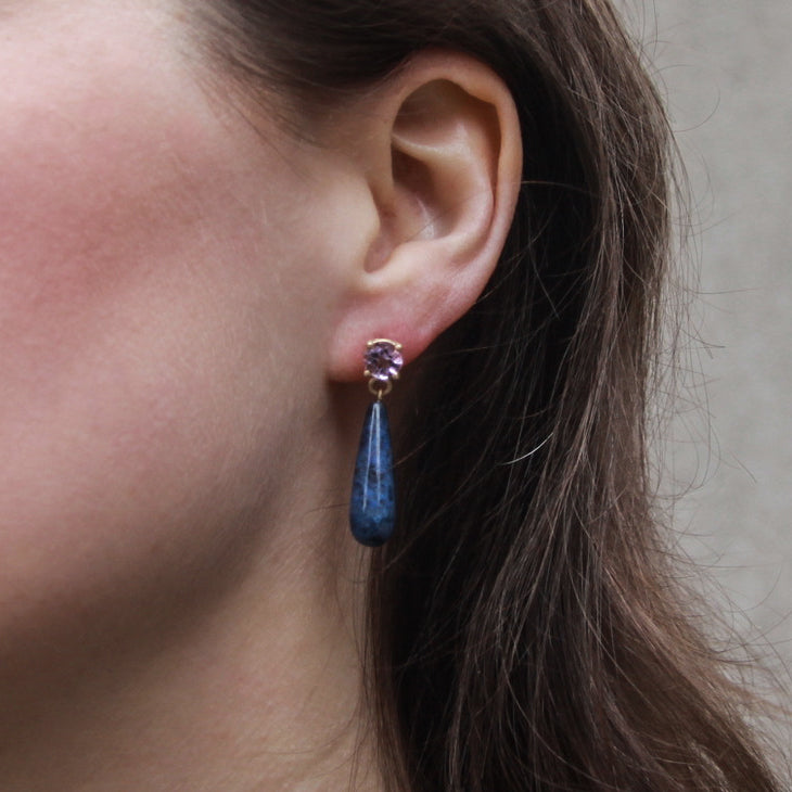 gold-gemstone-drop-earrings-dumortierite-model