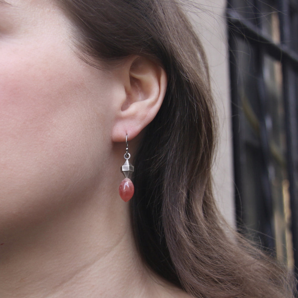 Load image into Gallery viewer, rhodocrosite-silver-double-pointed-hexagon-earrings-model