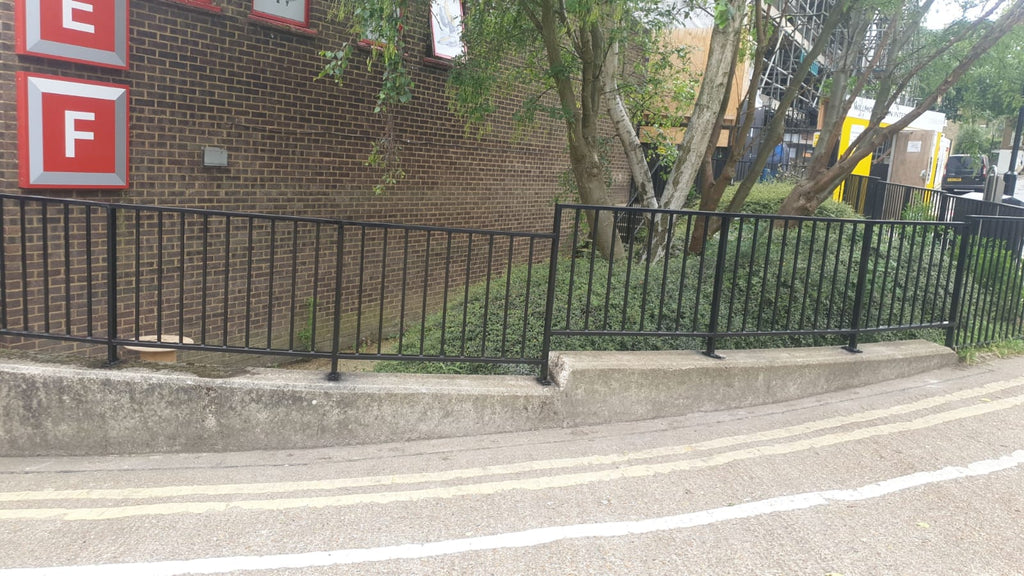 External side road railing in North London