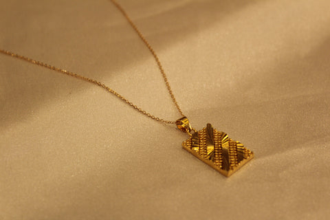 Retro Rectangle Necklace
