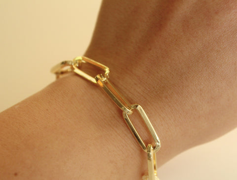 The Ultimate Paperclip Bracelet