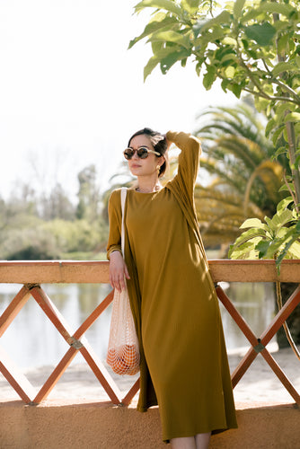 straight ribbed midi dress