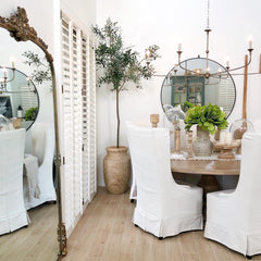 A natural spring décor tablescape from Desert Décor