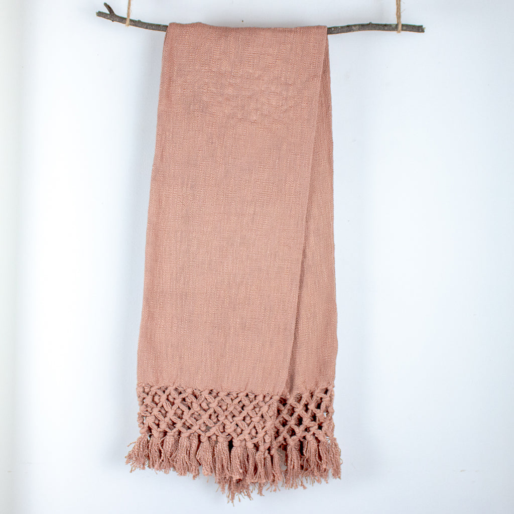 Celia Woven Cotton Throw with Fringe in Blush