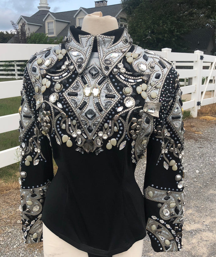 D Designs horsemanship top size large