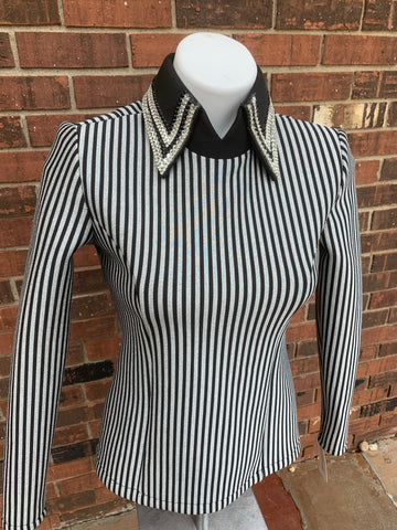 Small striped back zip shirt by Mama Mia