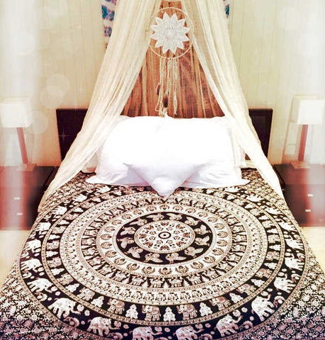Charmant Wall Tapestry Bedspread