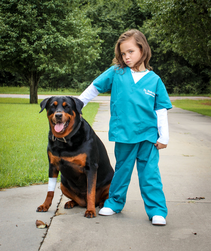 "alt=""kids veterinarian costume"""