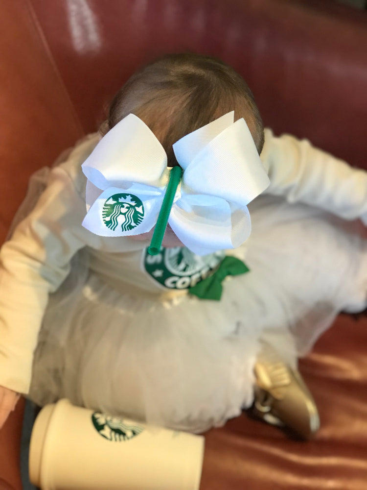 "alt=""starbucks bow"""