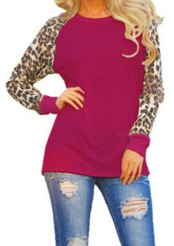 Casual O-Neck Blank Shirt with Leopard Sleeves