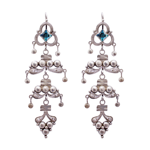 Filigree 4 Palmas Earrings