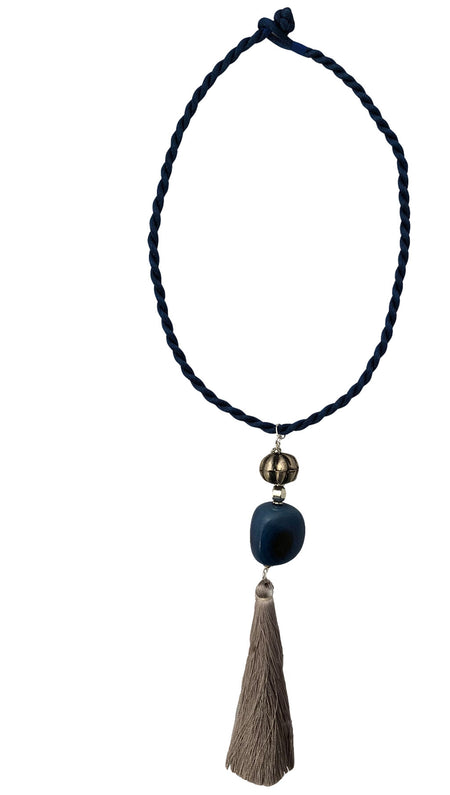 Wuango Necklace Valdivia