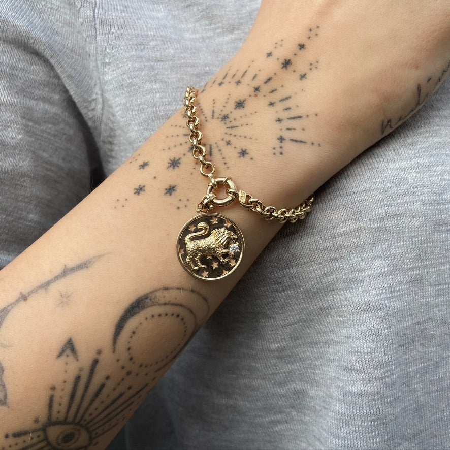 Round Link Bracelet with Lion Charm, Yellow Gold