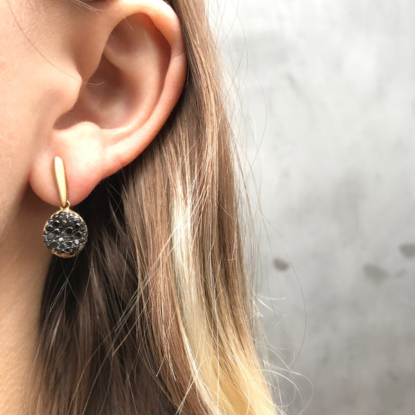 Baby Malak Caviar Round Earrings, Gold and Black Diamonds
