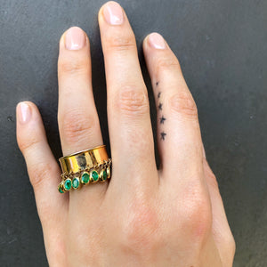 11 11 Emerald Ring, Yellow Gold