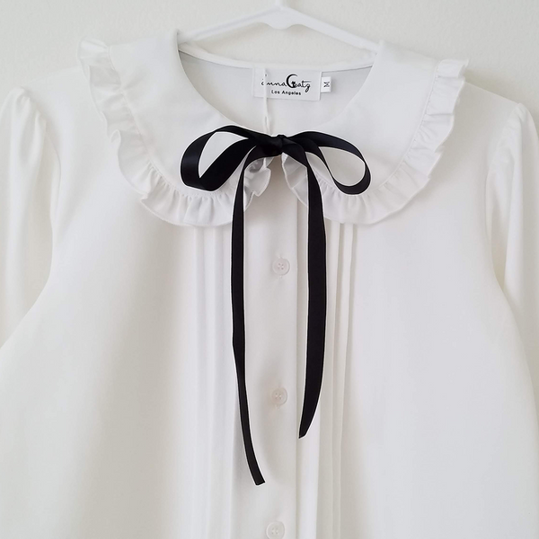 """White Truffle"" Button-Up Peter Pan Collar Chiffon Blouse with Satin Bow"